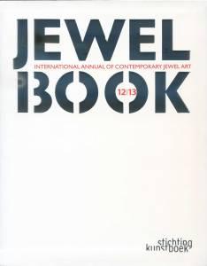 Jewel Book: Tapa de la publicación